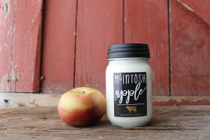Milkhouse Candles MCINTOSH APPLE Mason Jar
