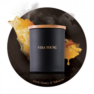 Vera Young DARK HONEY & TOBACCO Świeca Splendid