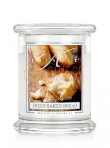 OUTLET Kringle Candle Fresh Baked Bread Medium 2 Wick Classic Świeży Chleb