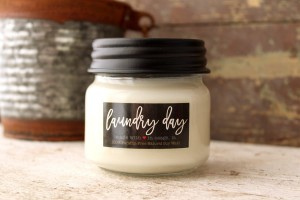 Milkhouse Candles LAUNDRY DAY Mini Mason